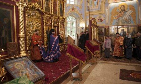 Архиерейское богослужение в Истринском благочинии